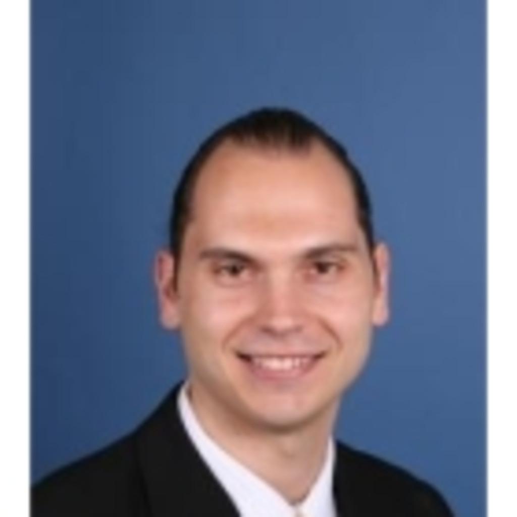 Dr vladimir kochoski junior consultant triona for Junior consultant