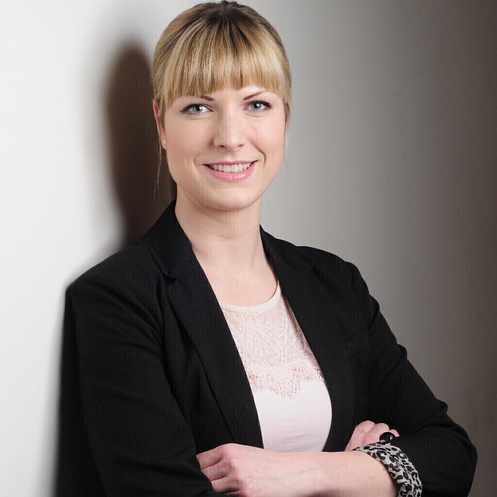 Vivien Hertel Kaufmännische Verwalterin Bbg Berliner