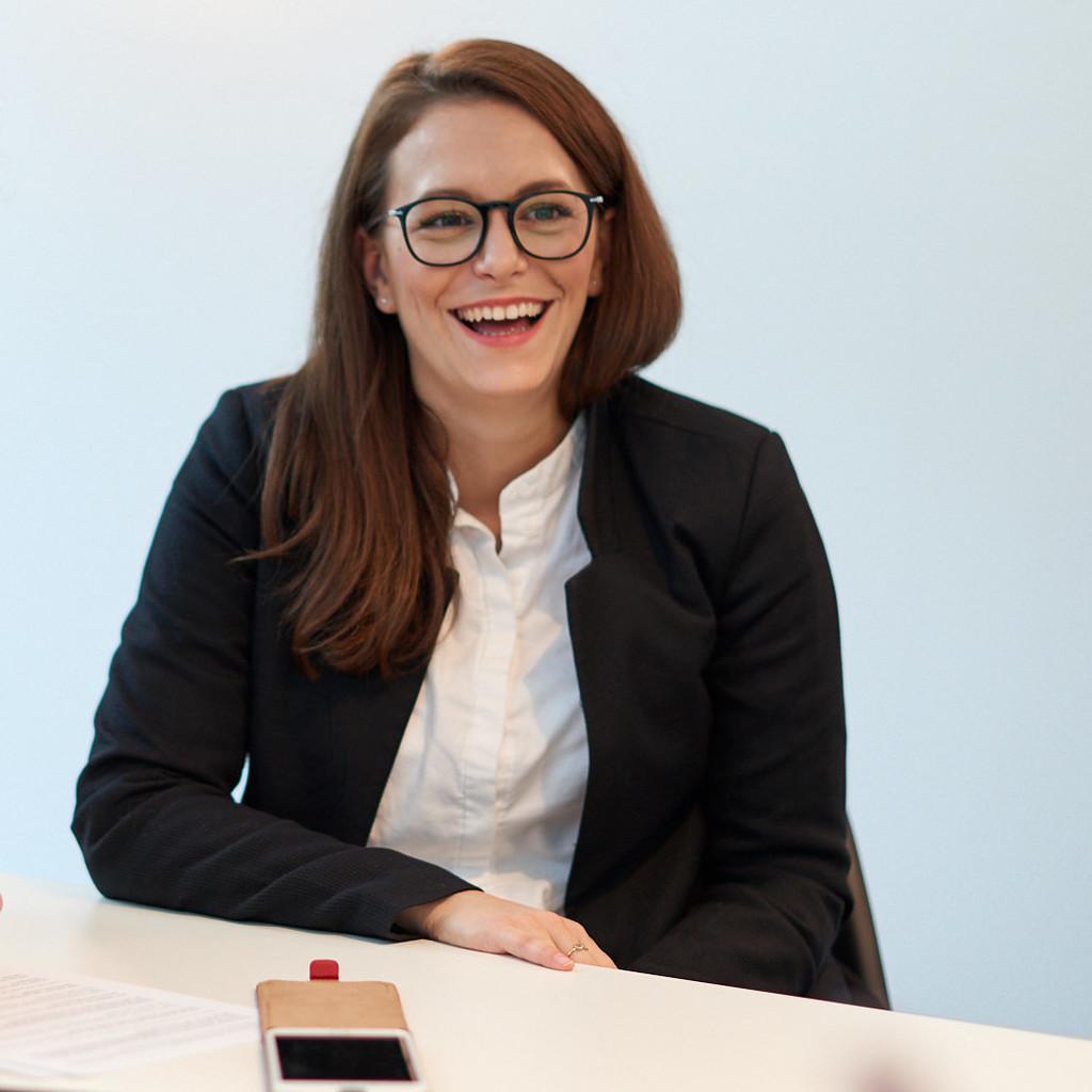 Joanna mueller abteilungsleiterin produktmanagement for Innenarchitektur villingen schwenningen