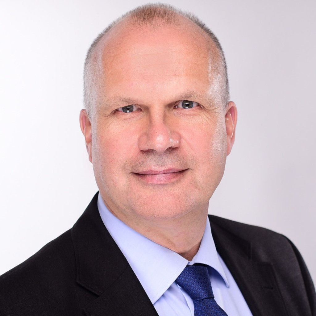 <b>Bernd Steyer</b> - Niederlassungsleiter, Prokurist - TÜV Rheinland Grebner ... - bernd-steyer-foto.1024x1024
