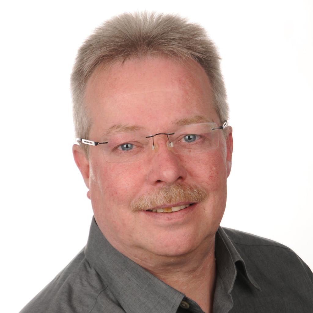 Stefan Naumann