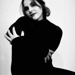 Anna Vogelsberger - AMD Akademie Mode & Design - Munich