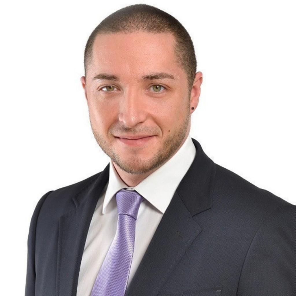 Patrick wolfschl ger kundenberater zurich financial for Iaf finanzberater