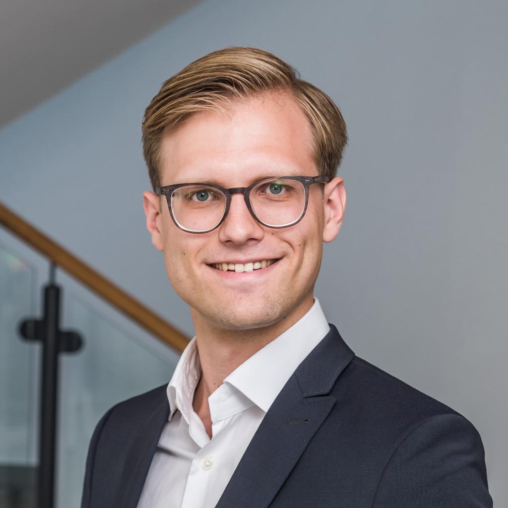 <b>Felix Lübke</b> - Studentische Hilfskraft - Meyer & Partner Hausverwaltungen ... - felix-l%25C3%25BCbke-foto.1024x1024