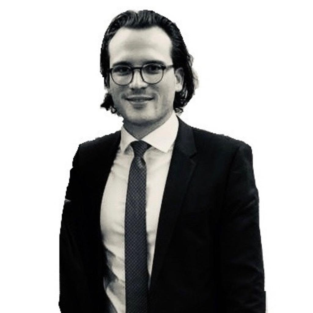 Maximilian w glatz gesch ftsf hrender gesellschafter for Trainee produktdesign