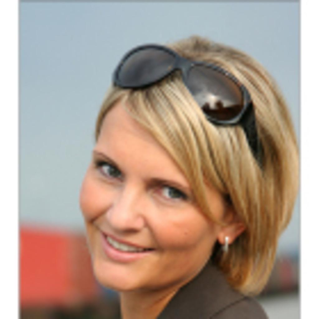 <b>Caroline Kramer</b> - Geschäftsführerin - Handelsvertretung <b>Caroline Kramer</b>/ ... - caroline-kramer-foto.1024x1024