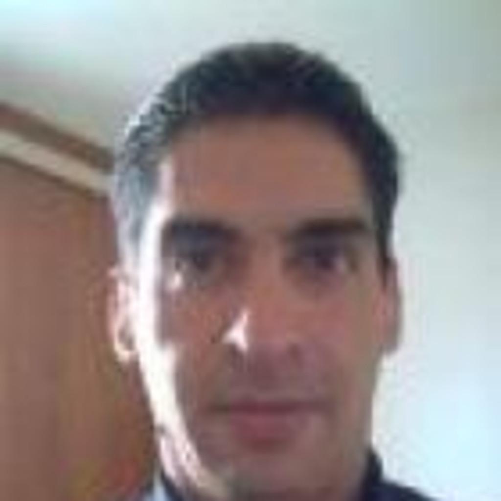 Carlos Alberto Morales in der XING Personensuche finden