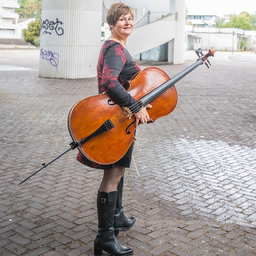 Katja Zakotnik - www.cellistin.eu - Schifferstadt