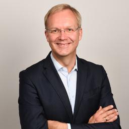 Dr. Henning Prüß