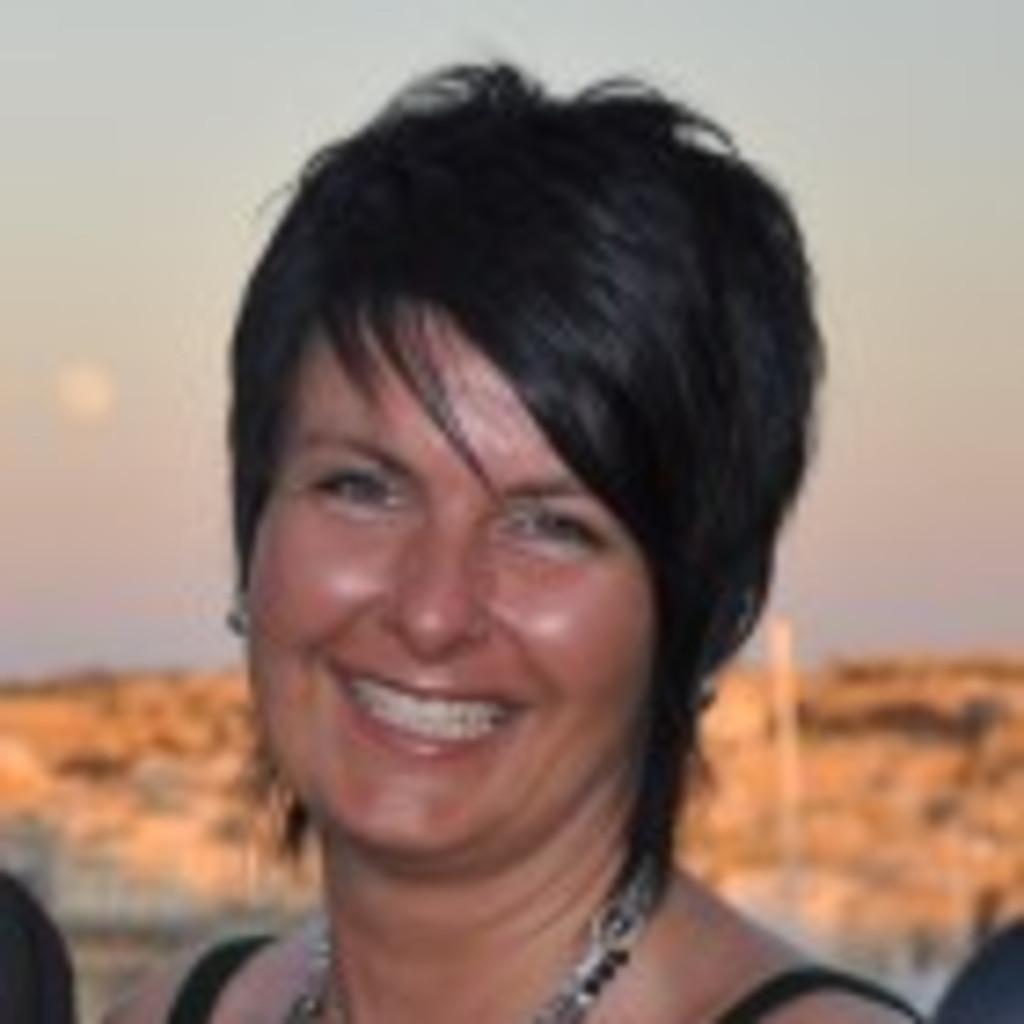 Manuela temmel gruppenberaterin bei tupperware - Geschenke an mitarbeiter buchen ...