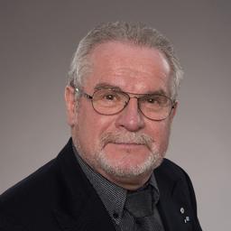 Wolfgang E. Siewert