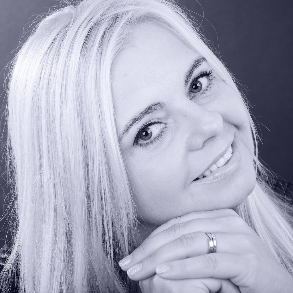 Diana Schulz Ass Vertriebsleitung Mobel Hesse Gmbh Xing