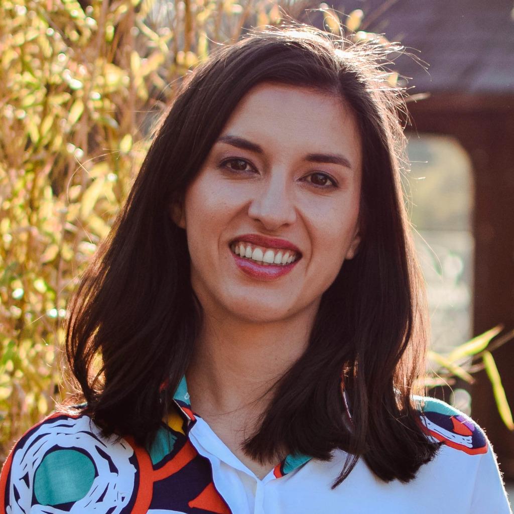 Aliza Charoensri's profile picture