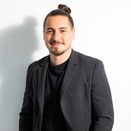 Deniz Akkar's profile picture