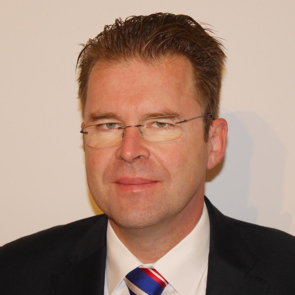 Dr thomas b r leiter entwicklung absicherungsmethoden for Ingenieur fertigungstechnik