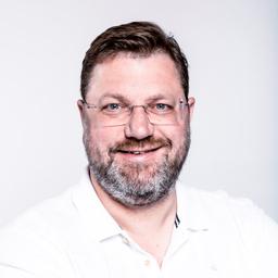 Patrick van Helden - zooplus AG - München