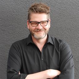 Oliver Z. Weber - OZ   KOMMUNIKATION: Redaktion   Moderation   PR - Köln
