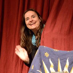 Claudia Edermayer - Märchenerzählerin, Autorin - Linz