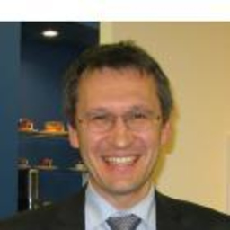 Serge Velesco - University of Applied Sciences - Frankfurt
