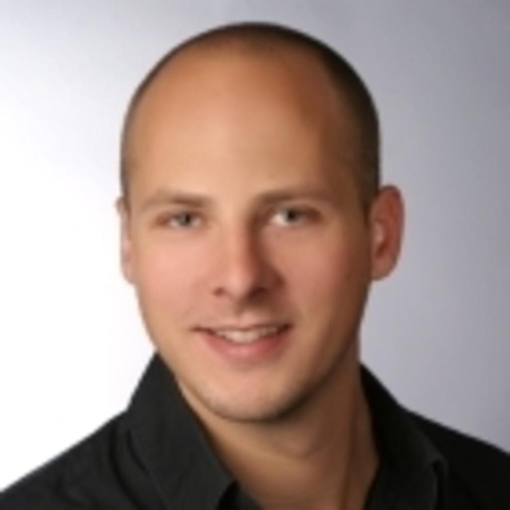 Peter greisl area manager menswear brax leineweber for Wohndesign peter sandriesser gmbh