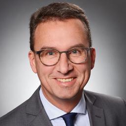 Dr. Udo Thelen - UTC Consulting zwischen Hochschule und Unternehmen - Hamburg