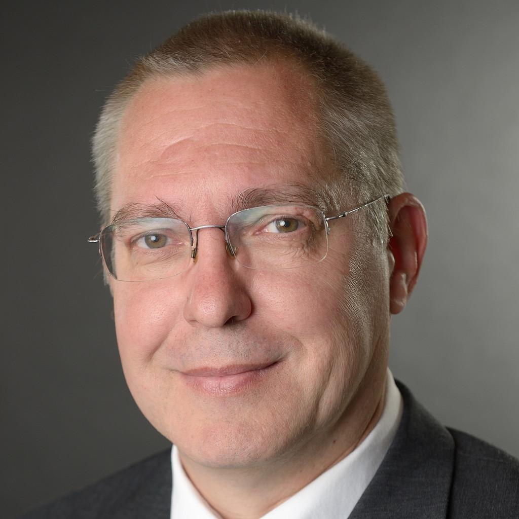 Armin polter operations manager yingli green energy for Ingenieur fertigungstechnik