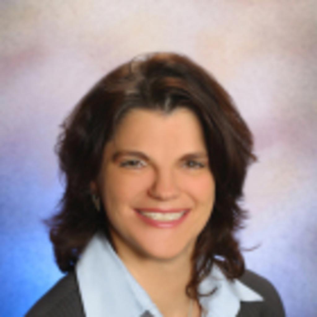 Andrea Sauer Leitung Finance Controlling Prokurist
