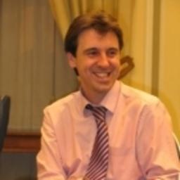 Fernando herrero director de marketing comunicacion for Clausula suelo wikipedia