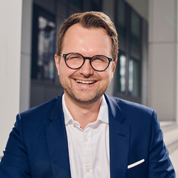 Dr. Hannes Schubert
