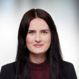 Nadine Knoll