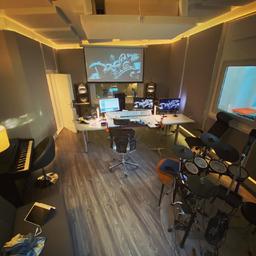 Sebastian Reinicke - fuchston Studios - Berlin