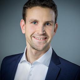 Dr. Matthias Schwamborn