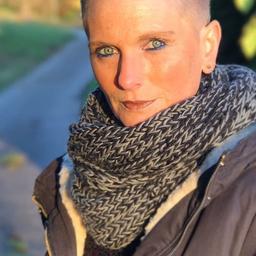 Sabine preiss lagermitarbeiter kno logistik koch for Koch neff volckmar gmbh
