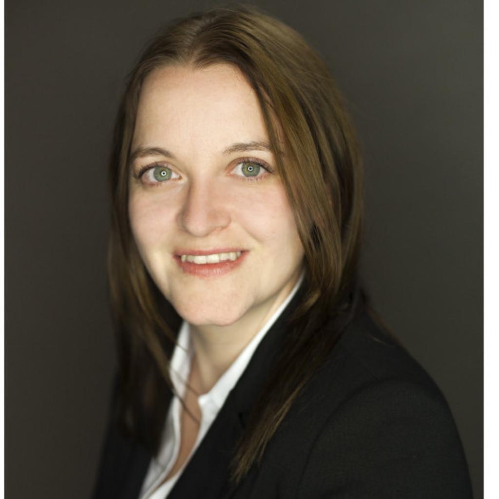 Jasmin spiegel business consultant terna zentrum f r for Spiegel xing lai