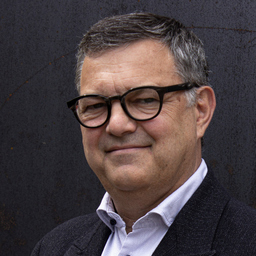 Dr. Wilfried Aichinger