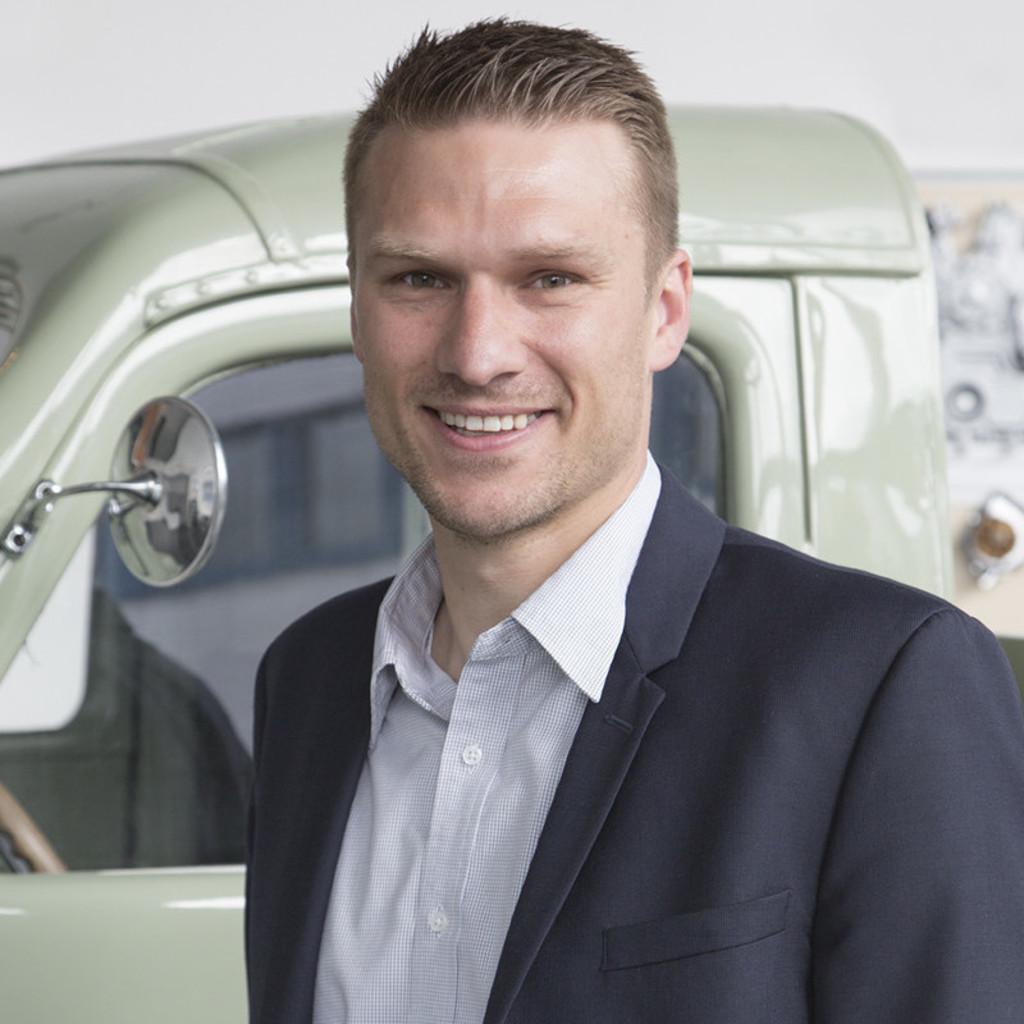 Michael hofer global product manager engine combustion for Michael hofer