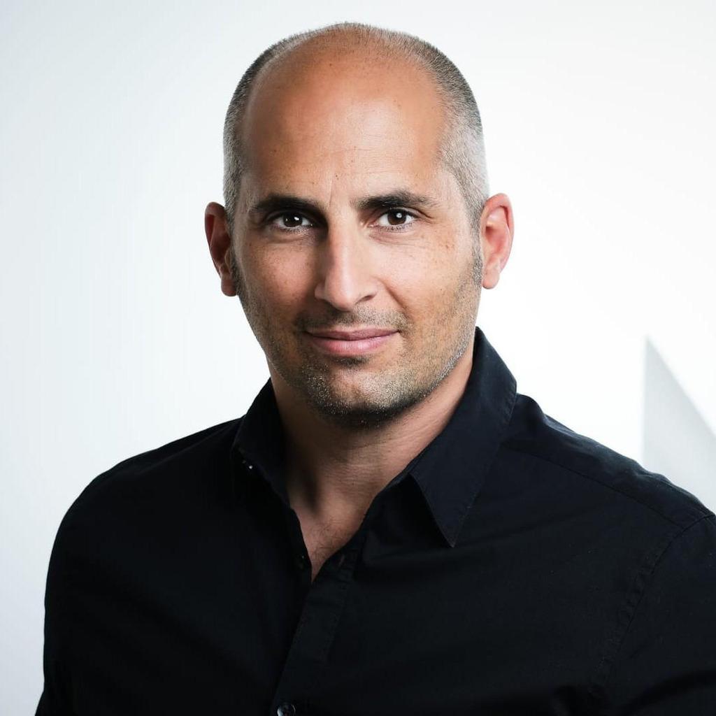<b>Klaus Pippig</b> - Geschäftsführer, Eigentümer - Firma Pippig Augenoptik ... - armin-taheri-foto.1024x1024