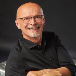 Andreas Schönemann - Pape Consulting Group AG, Personalberatung - Aldersbach