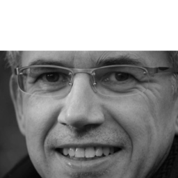 Dr. Stefan Ottow