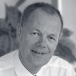 Dr. Oliver Kessing