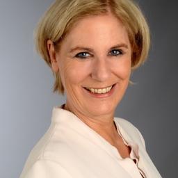 Dr. Ursula Maria Esser