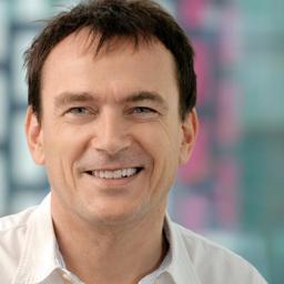 Dr. Tobias Conrad