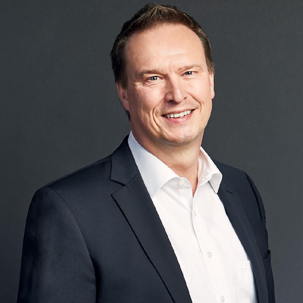 Axel koch leiter erwachsenenbildung deutschland zgs for Koch deutschland