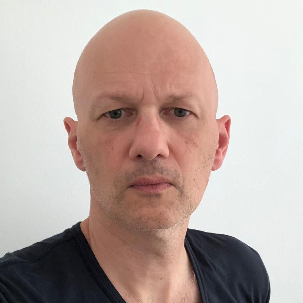 Peter stenkhoff creative director neue gestaltung gmbh for Wohndesign peter sandriesser gmbh