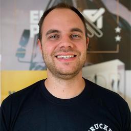 Robin Becker's profile picture