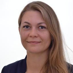 Julia Pfanner - Finanzen Verlag GmbH - München