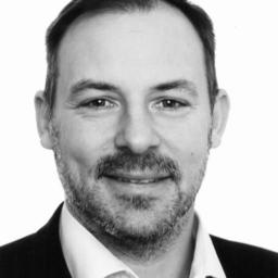 Mag. Dennis Denecken - HootSuite Media Inc. - Hamburg