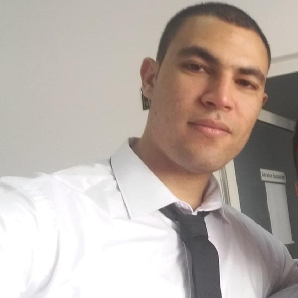 Farouk Bouali's profile picture
