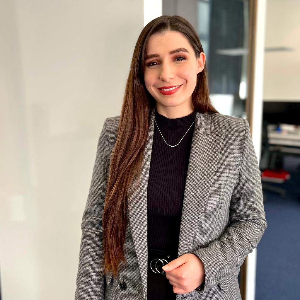 Gina Deufel's profile picture