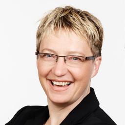 Michaela Eisold-Pernthaller - EP&M Frauensicherheit GmbH - Wien